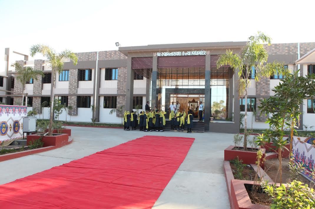 Swaminarayan Kanya Vidyamandir opens at Piyava in Kutch