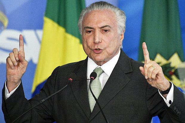 Vinicius Mota | De rei do pedaço, o presidente tornou-se quase bobo da corte https://t.co/3bDH7Cgmro
