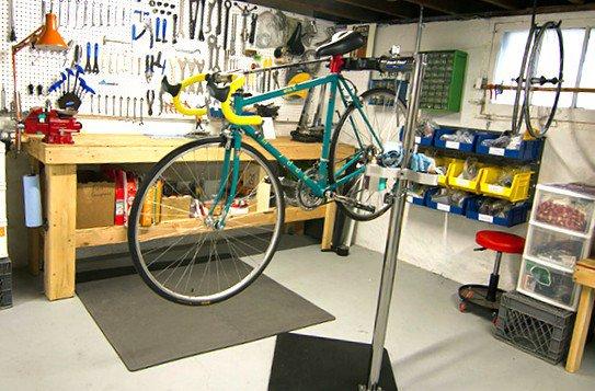 Taller de reparación de bicicletas… http...
