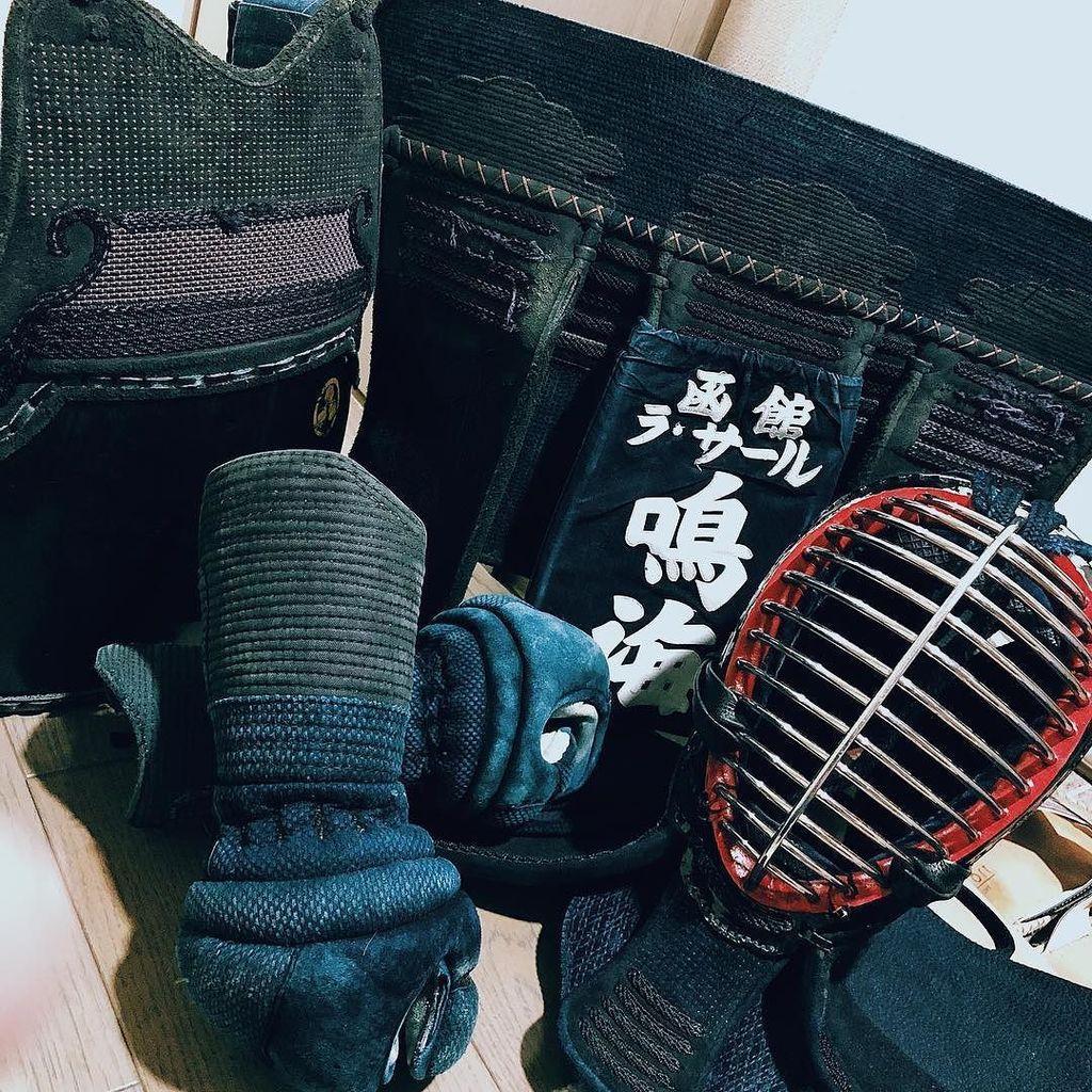 79e50ea5646 剣道  防具  kendo  高校時代  思い出  bushizo  で買おかな  笑 http   ift.tt 2CErzI3 pic. twitter.com tmqOndLa07
