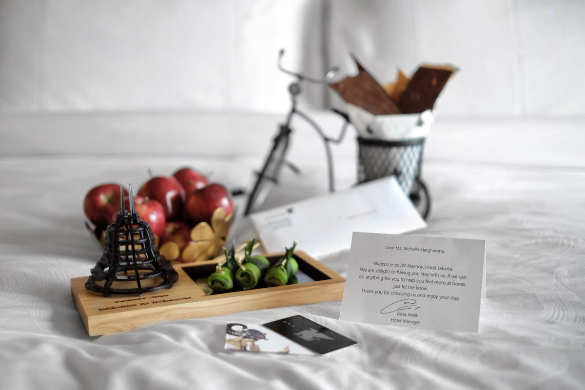 When you stay with us, you are treated with an extraordinary experience that is unique to us. #jwmarriottjkt #jwtreatment https://t.co/e9hiOCevfa