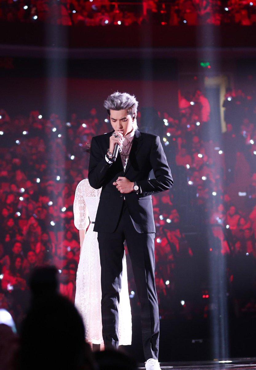 Kris Wu wearing @Burberry Tailoring at the Jiangsu TV New Year's Eve Party