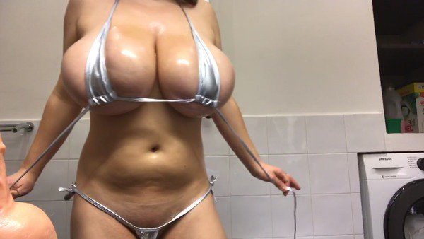 My new video is really hot! Check it out! https://t.co/bC13DRMBBN https://t.co/T2yW80yi65