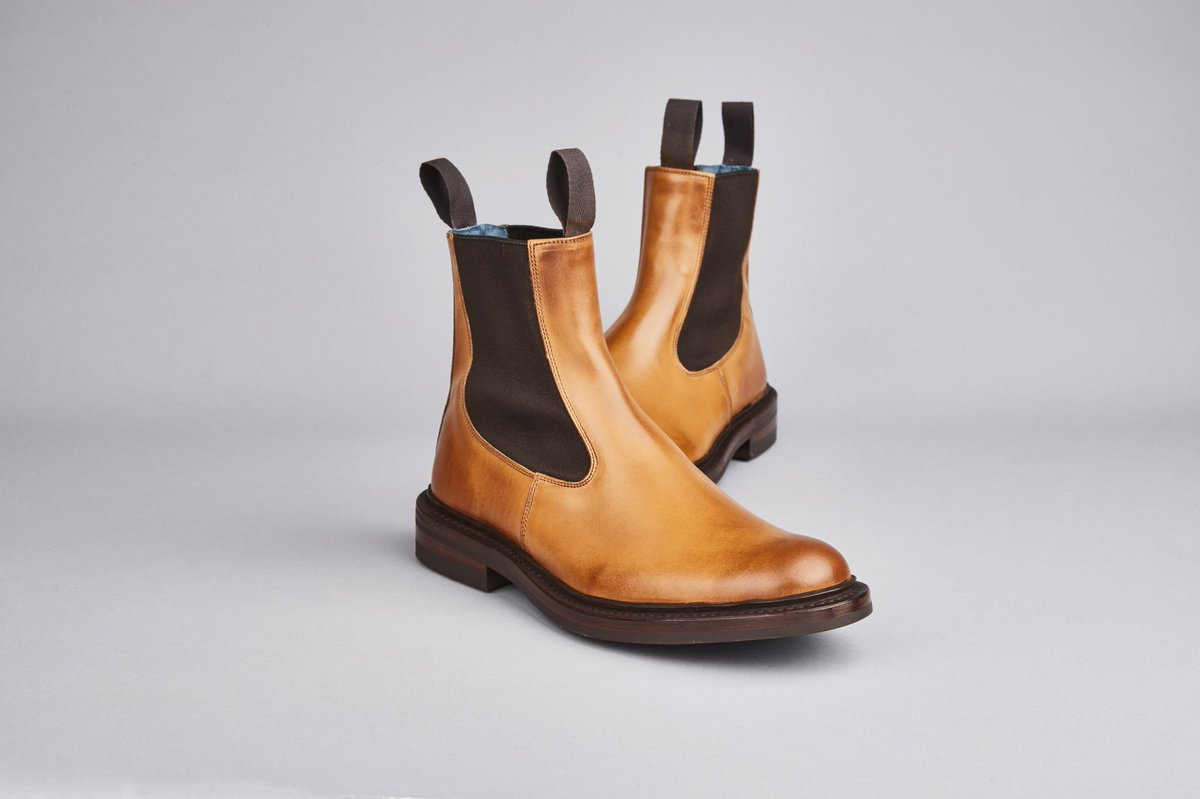 c46a2daa263fa Tricker s Shoes on Twitter