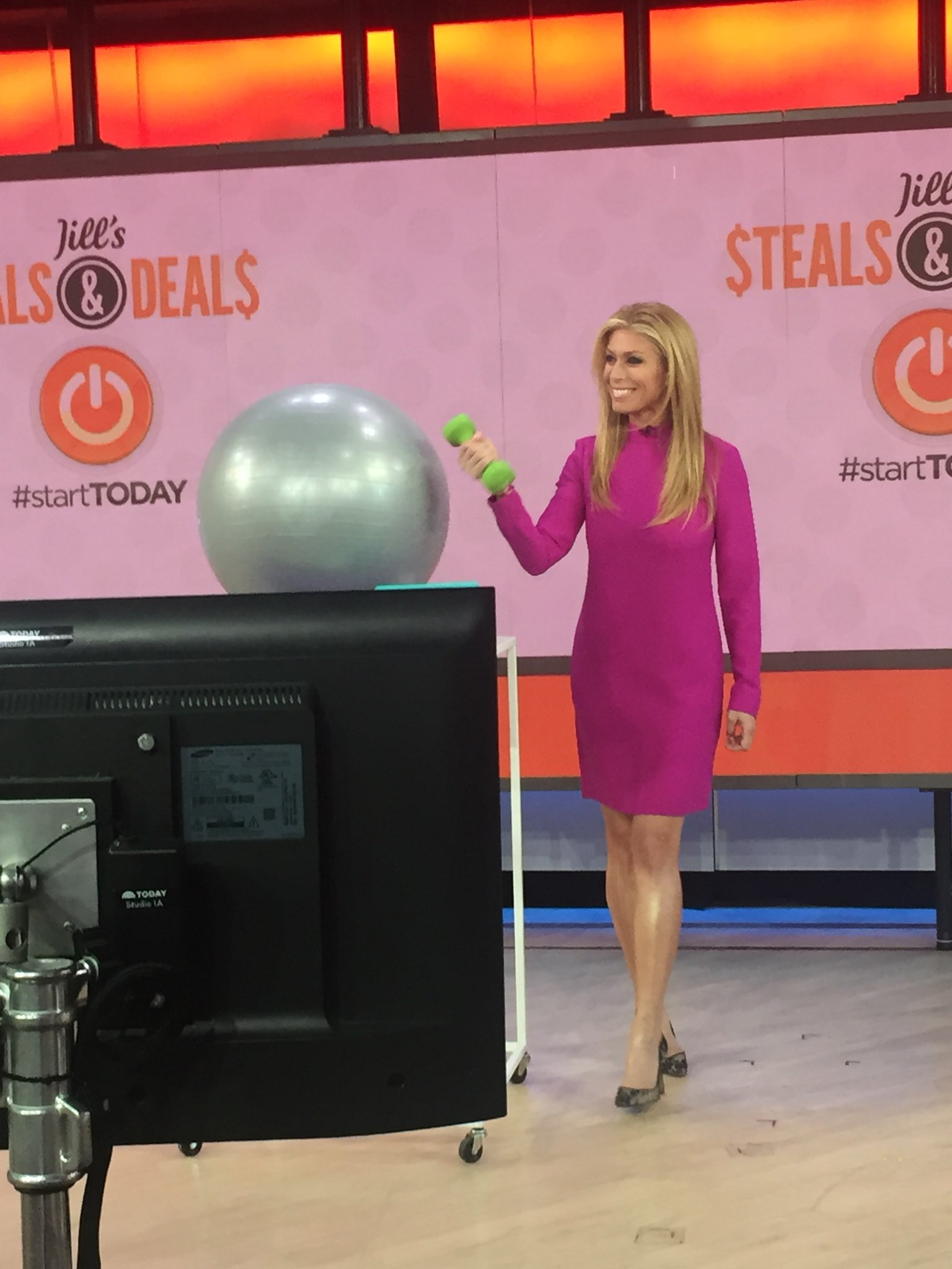 Jill Martin On Twitter Steals Deals Every Day This Month Yup We Kick It Off Today With Hodakotb Savannahguthrie Alroker Carsondaly Todayshow Https T Co Qcuyj9wdkg