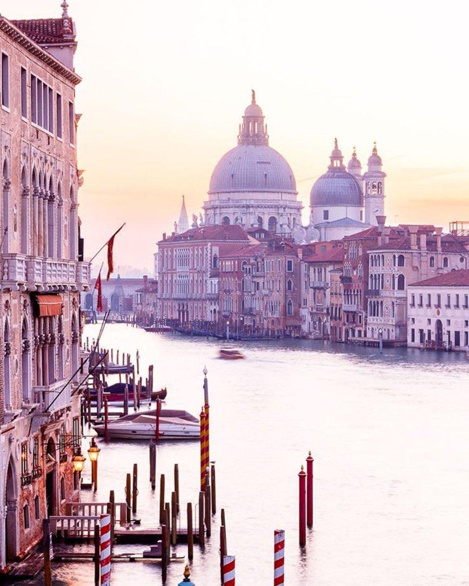 Venezia, Italia https://t.co/xv9vIg4DNf