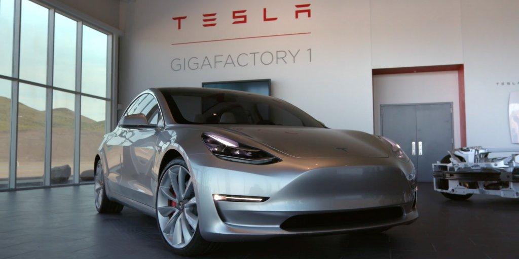 Tesla misses its Model 3 deliveries by a mile $TSLA https://t.co/711PcXqz3l