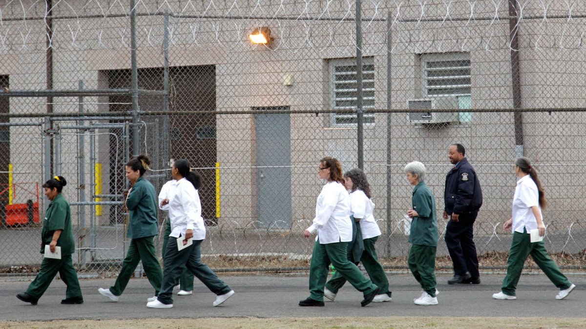 is prison privatization really a long term In the final months of the obama administration, the justice department announced it would end the use of private prisons in the first month of the trump administration, the rule was rescinded.