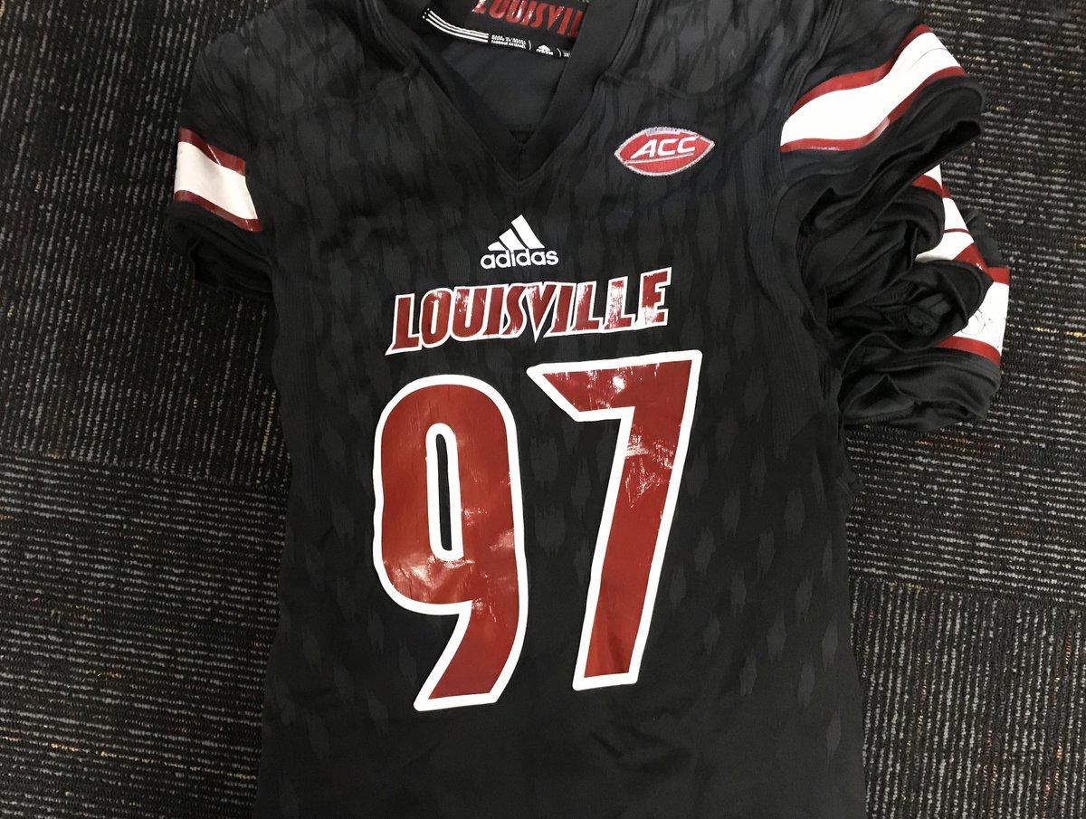sale retailer 63eef 7ba51 Louisville Athletics on Twitter:
