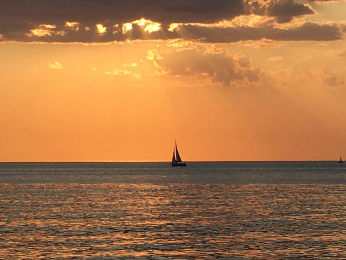 Punta Del Este Sol On Twitter Velero Mirando El Atardecer