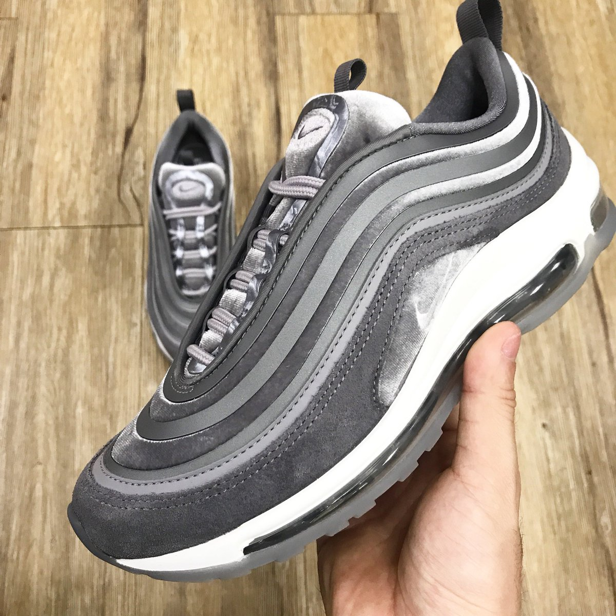 Nike Air Max 97 Ultra Suede
