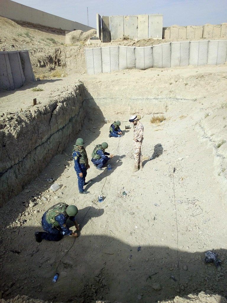 دعم تسليحي وتدريبي ايطالي للجيش العراقي  DSwyMNtXUAEHTMH