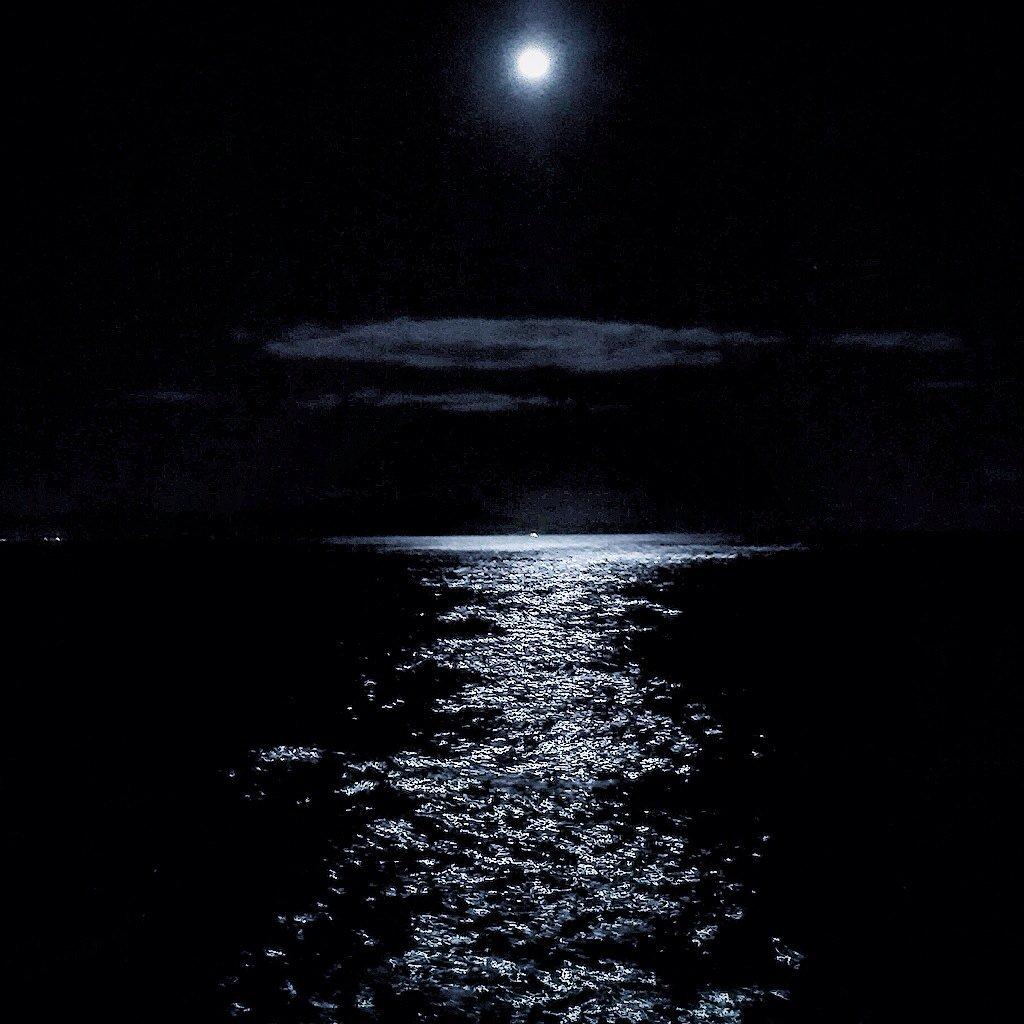 Alberto Egidi On Twitter Riflessi Di Luna Sul Mare Del Circeo