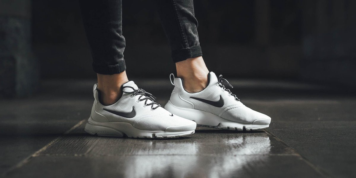 new product 204b1 c9b1a NEW IN! Nike Wmns Nike Presto Fly - Summit White Anthracite-Summit White  SHOP HERE  http   bit.ly 2F1fXzQ pic.twitter.com OsF6tIgVZB