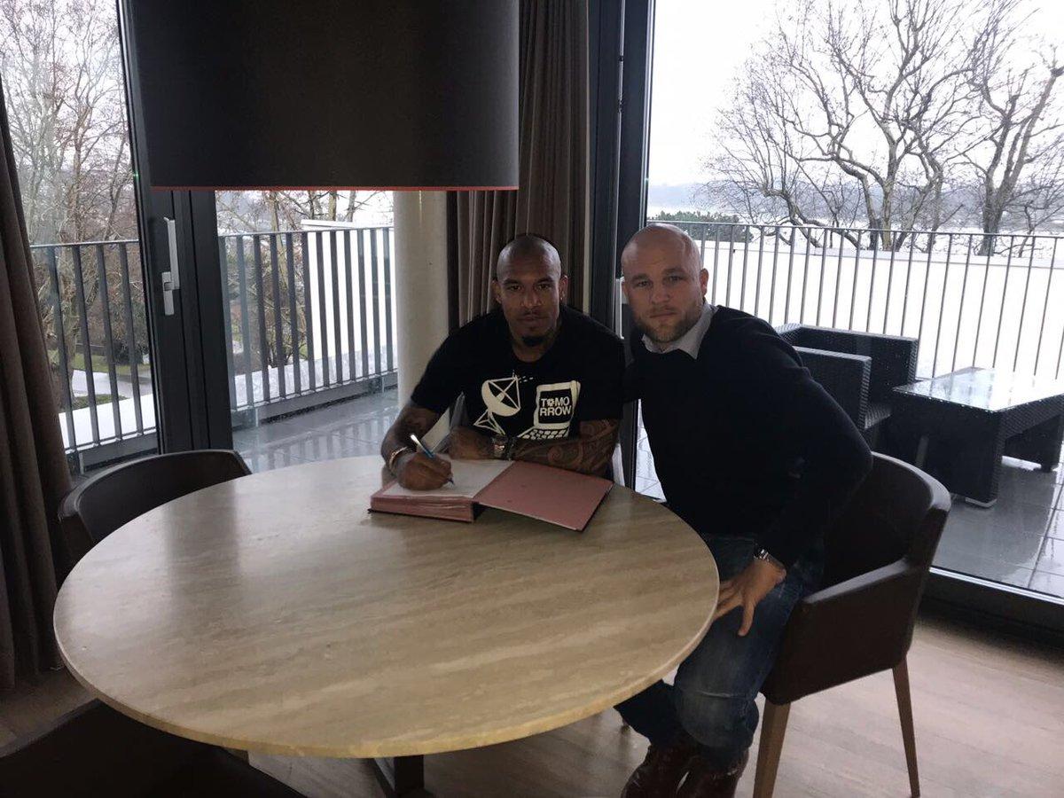 Deal 📝🤝  hat bei  einen bis zu#Mainz05m Sommer 2018 datierten Vertrag unterschrieben. Herzlich Willkommen Nigel!  Mehr Infos in Kürze auf https://t.co/nsxvGm6sq3