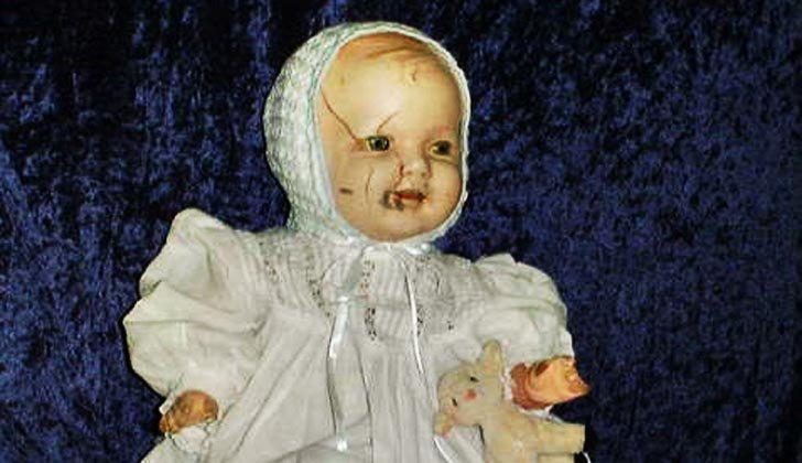 Uzivatel W O R P Na Twitteru Malam Hari Ini Airin Mau Bahas Tentang Kisah 8 Boneka Hantu Terseram Di Dunia