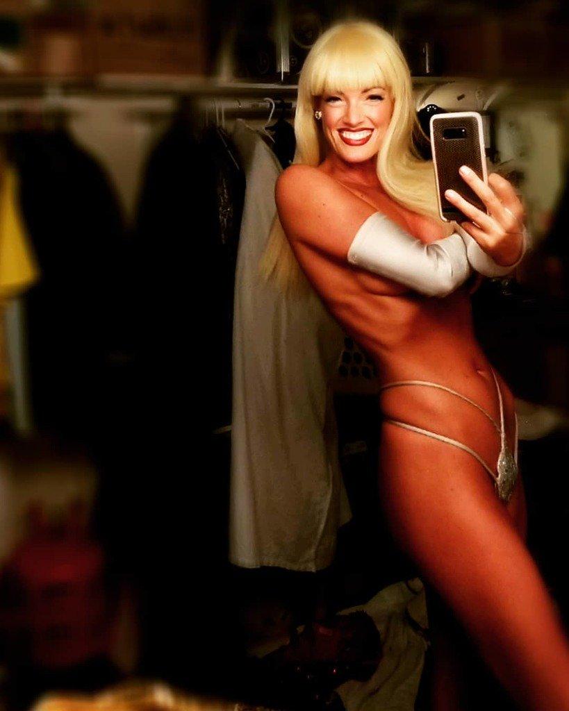 Las vegas hot girl selfie comfort!