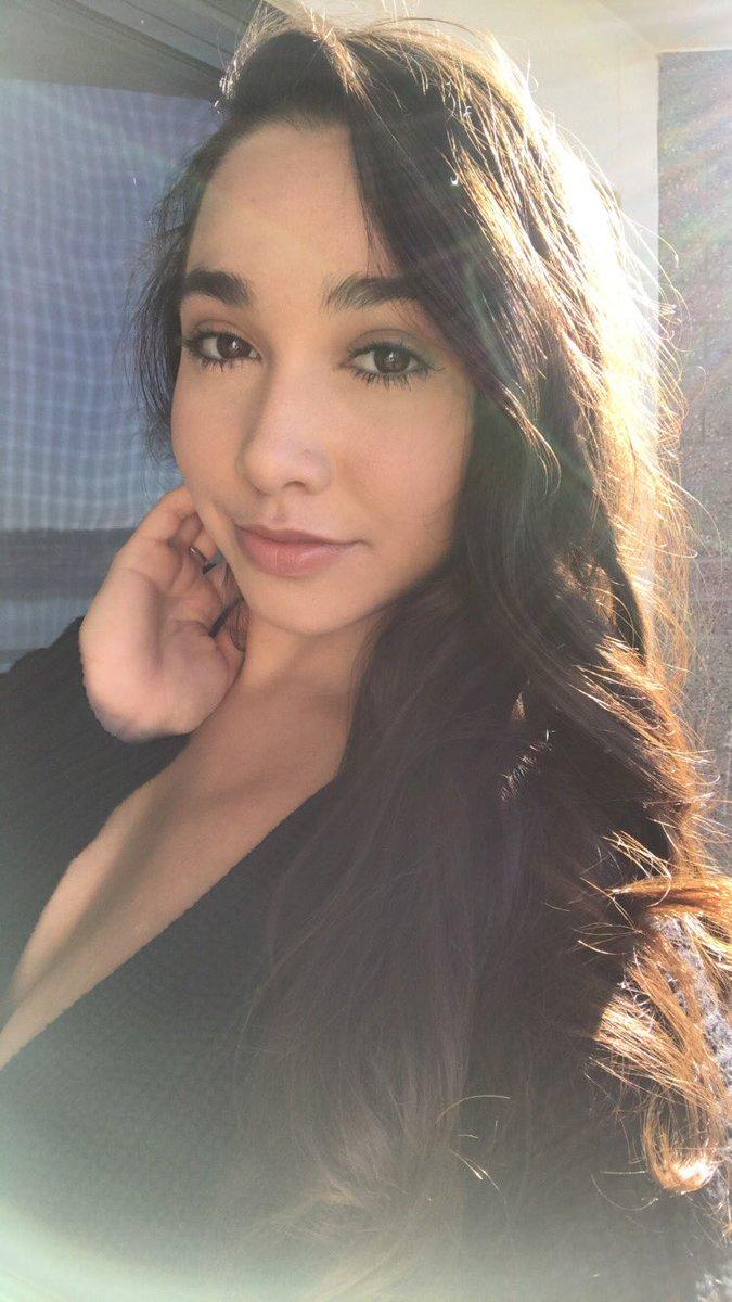 Karlee (@karleegreyxxx) | Twitter