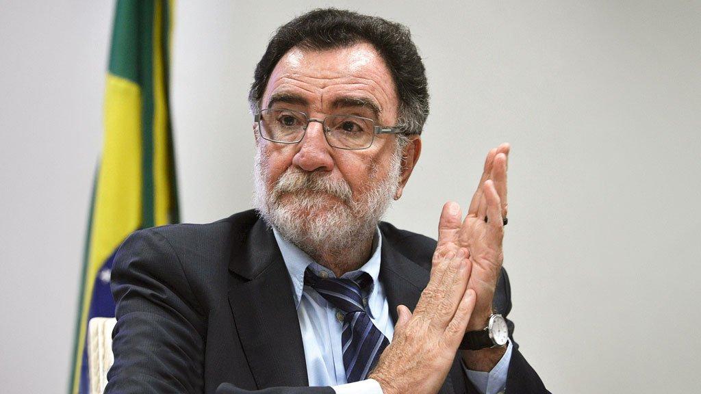 Se Lula for alijado da eleição, o deputado Patrus Ananias pode ser a nova aposta do PT para a corrida presidencial - https://t.co/m0KZk25e9e