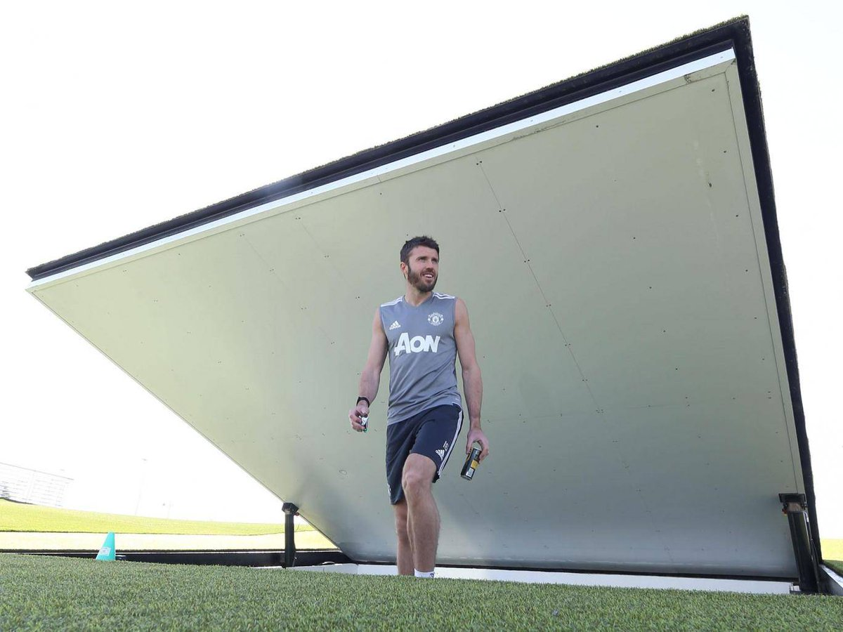 Michael Carrick to retire at end of season and join Manchester United coaching staff   https://t.co/WdnqbPWIKn #mufc