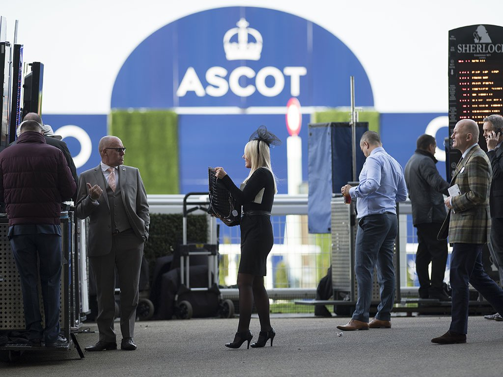 Our live blogger @leemottershead is at Ascot with all the latest news ahead of a great day's racing https://t.co/uR59NAG95k