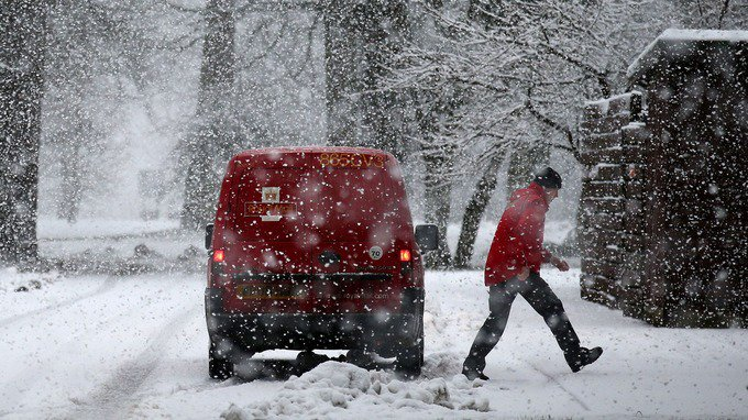 Drivers warned of icy roads as wintry we...