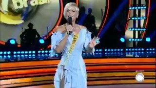 RT @dancingbrasil: Bárbara Borges e Marquinhos dão show com número de samba #DancingBrasil https://t.co/IZyzWCEkW4 https://t.co/aIbfAfm92j