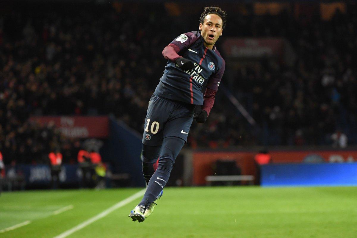 Neymar in 2017/18 for Paris = 🔥🔥🔥  Games...