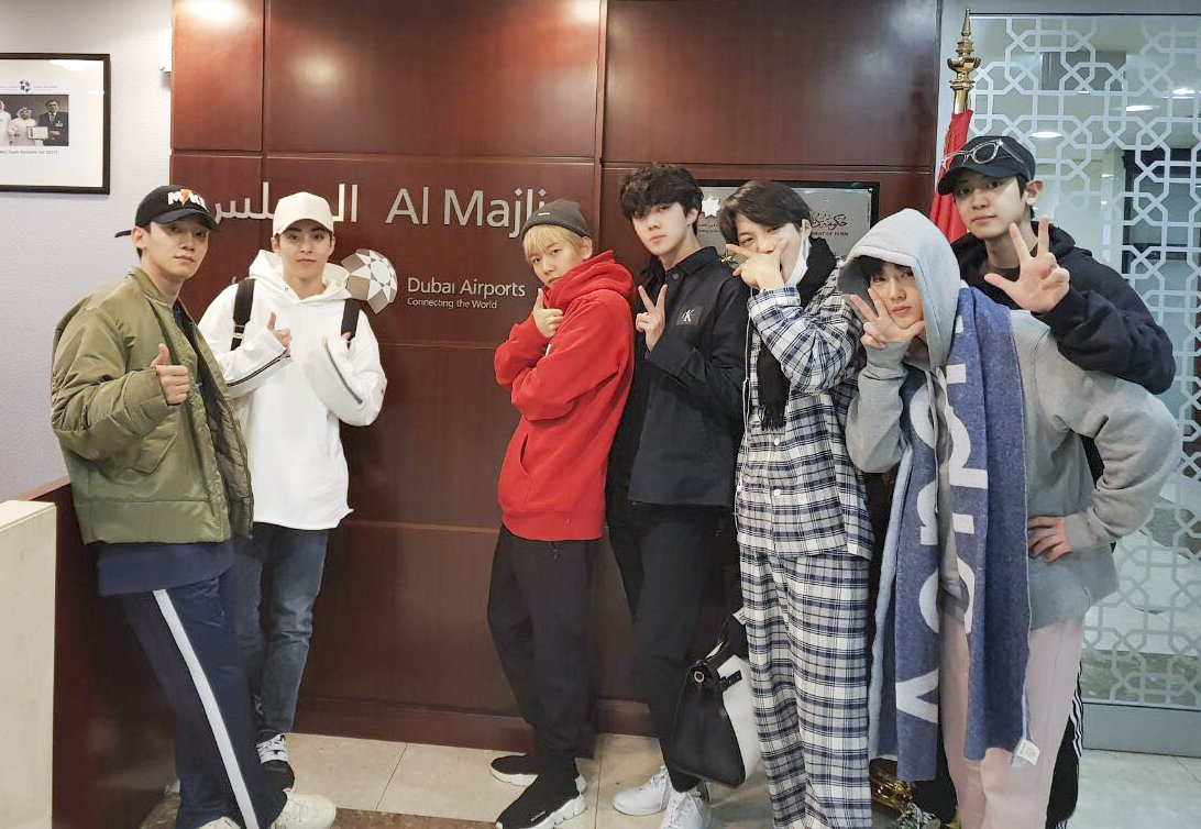 See you next time, boys! Here are @weareoneEXO sending a cosy goodbye from @DubaiAirports' VIP Al Majlis Lounge earlier today. #EXOinDubai #EXOPowerDubai