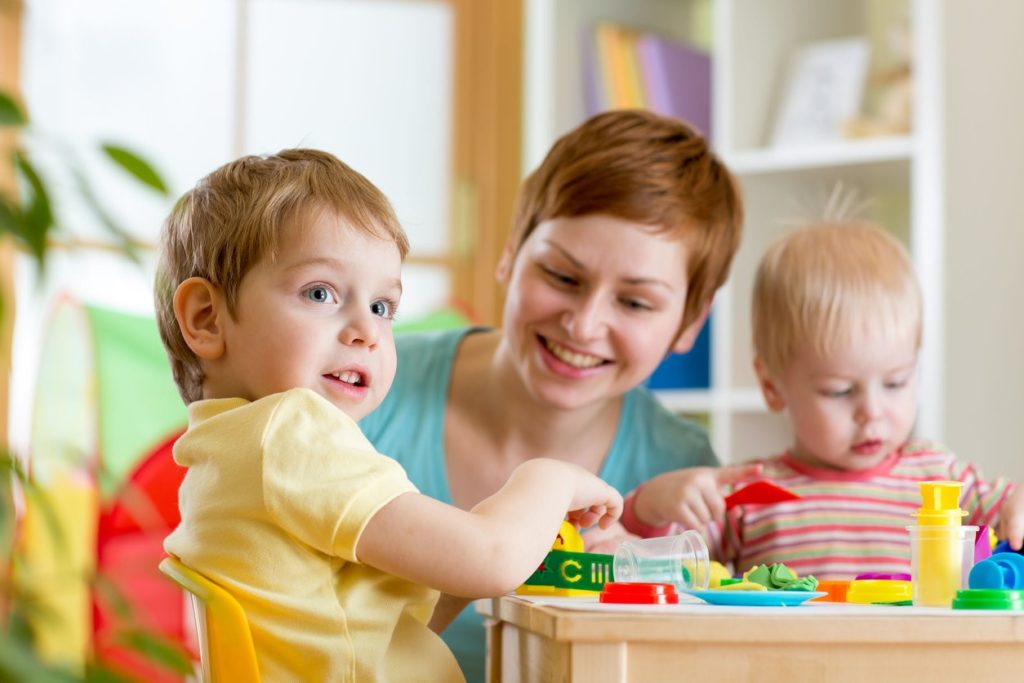 Картинки с маленькими детьми в детском саду