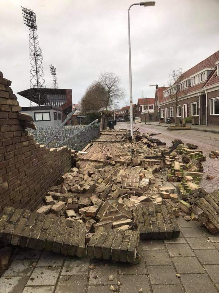 """Grote Veiling """"The Wall 0ff ..."""""""