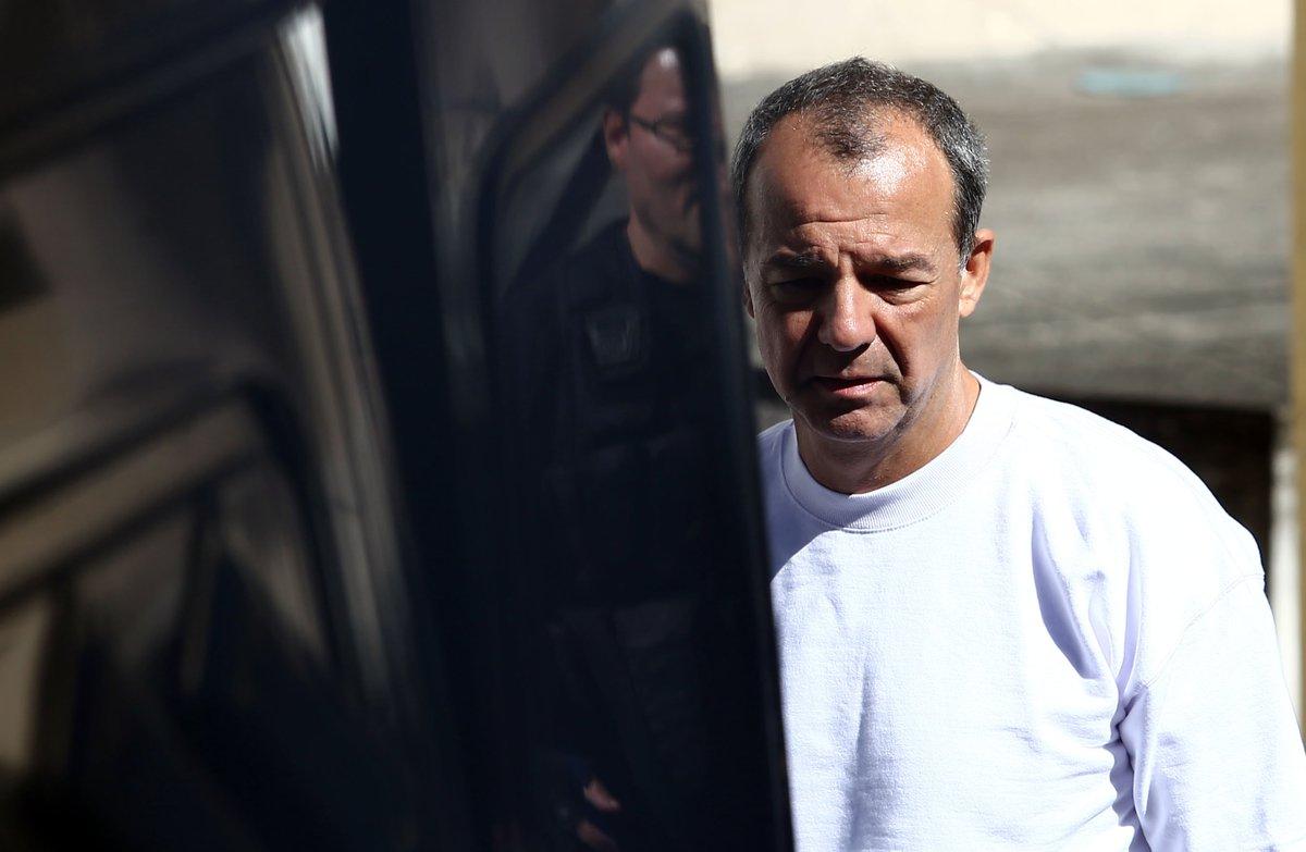 >@fausto_macedo Por causa de regalias em prisão, MP pede que Cabral vá para Curitiba https://t.co/9eM4VeQpnW