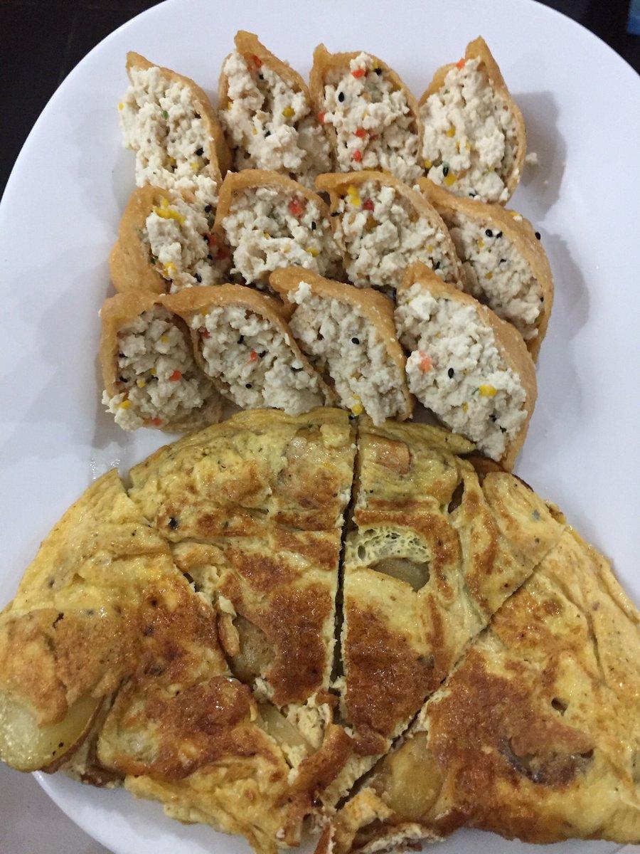 RT @semicuisine: 유부초밥에 밥대신 두부 부숴넣었는데 정말 맛있었고 잘생각해보니 그냥 하나의 큰 두부덩어리를 만들었구나 싶은 https://t.co/SNDkgwk6rx