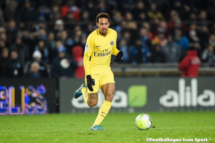 [#Décla💬] Ancien agent de Verratti : 'Personne ne fera bouger Neymar de Paris. Les joueurs ne veulent pas partir parce que ces contrats sont impossibles ailleurs. Ils restent donc malgré une vérité : la Ligue 1 est un championnat de marionnettes'