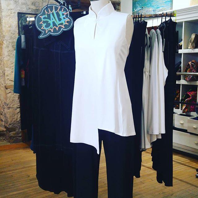 Still have some great deals on Sympli! #madeincanada #travelwear #greatfit #symplistyle #doubleovertop #gotopant https://t.co/DJTZ3MELPU https://t.co/z0blCcE7sY