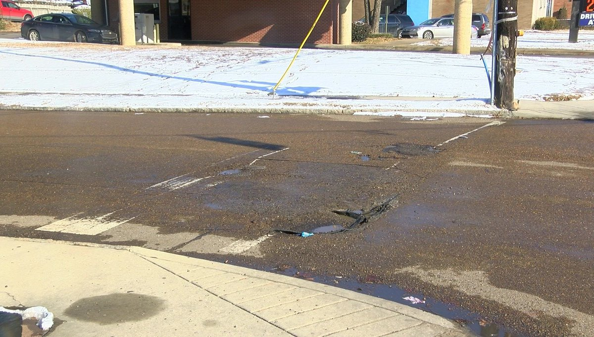 Potholes the latest road hazard as ice, snow melts https://t.co/QNw1dHVhwP