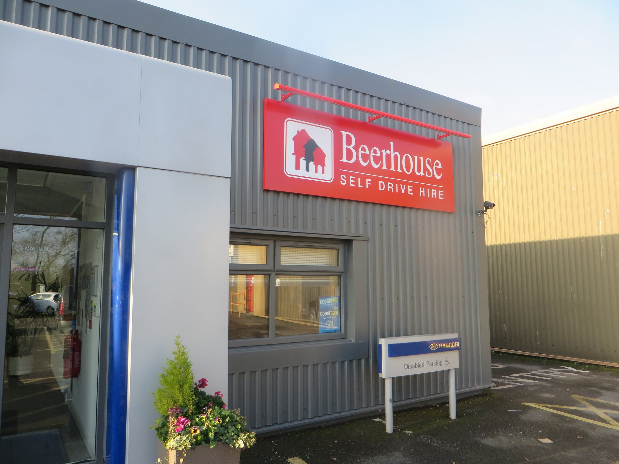 Premier Signs Hull On Twitter Beerhouse Self Drive Updating