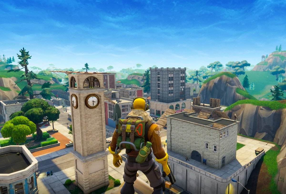 NEW MAP GAMEPLAY in Fortnite: Battle Royale: https://t.co/NYT3tWxlf9 We land in the new 'TILTED TOWERS' and clean up. 🏫  ENJOY! 👊