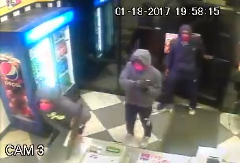 No answers one year after Horn Lake pizza store robbery, shooting https://t.co/8ztv5vawPr