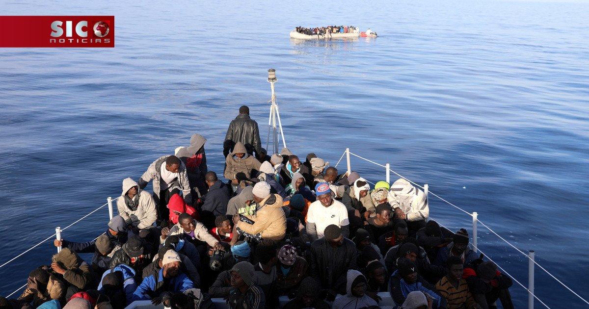 Bebé morre durante o caos de um resgate no Mediterrâneo https://t.co/gqzNZUtYIx
