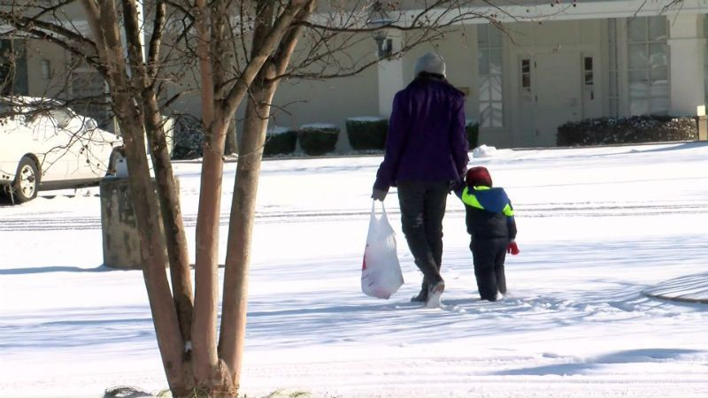 All 50 states woke up Thursday with snow on the ground >>https://t.co/nhLzMqHP7O #wmc5