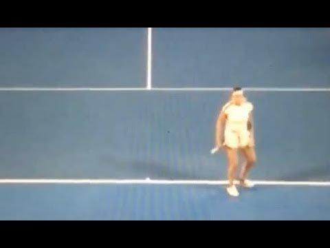 Il pubblico dell'Australian Open sfotte la Sabalenka per i gridolini alla battuta - https://t.co/jzHkM22o5t #blogsicilianotizie #todaysport