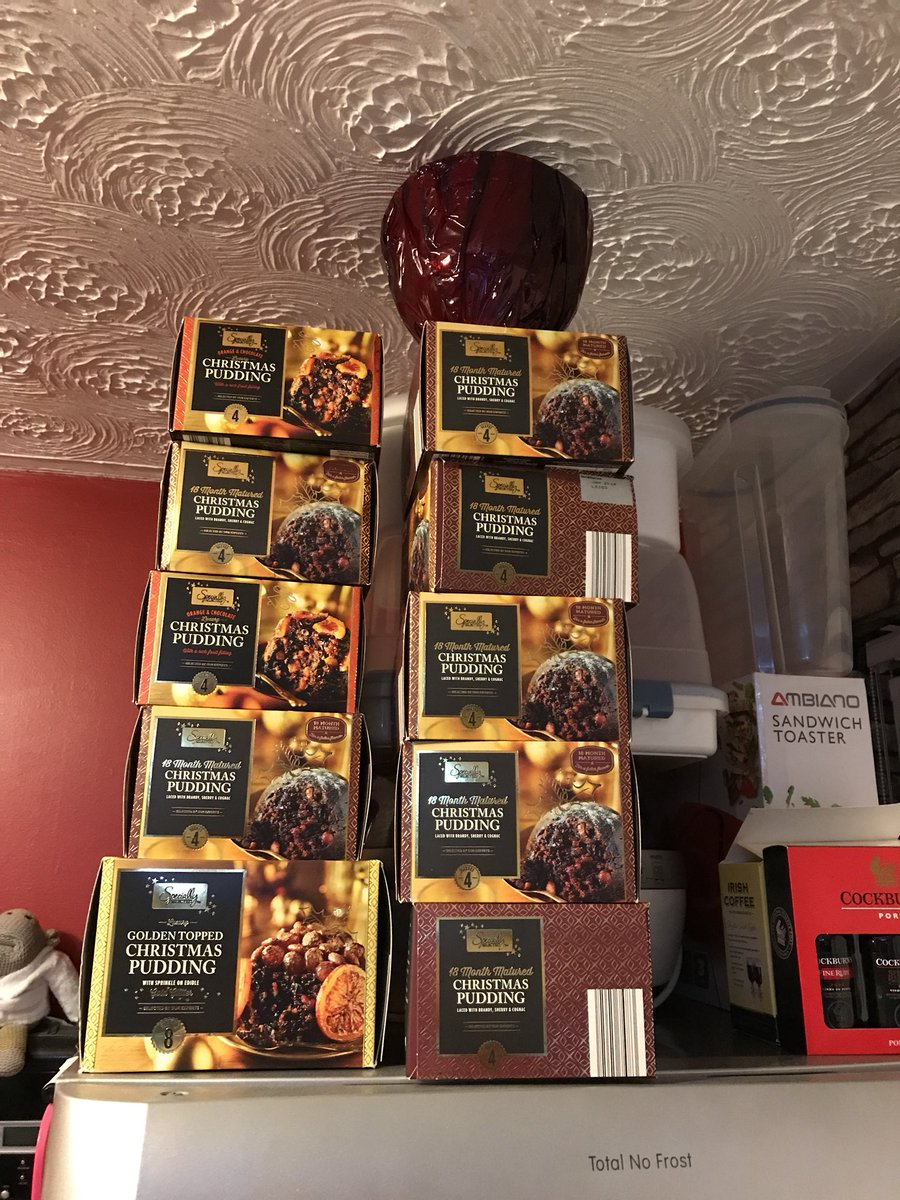 RT @r12nightowl: When @AldiUK Christmas puddings go in the sale and you like them all year round https://t.co/Ety4jogmoh