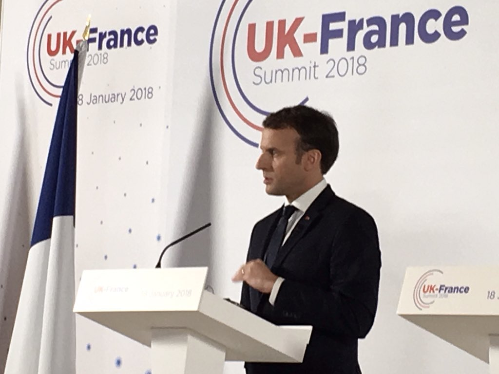 "Macron says EU neither punishing nor rewarding UK on financial services trade: ""be my guest"" but if Uk wants ""full access"" to Single Market, then ""you can choose between Norway and full membership"""