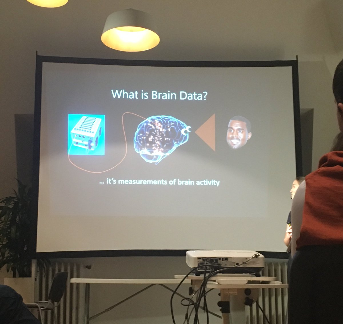 #DataBeers interesting mixture. Brain data talk now https://t.co/jJPC76j77h