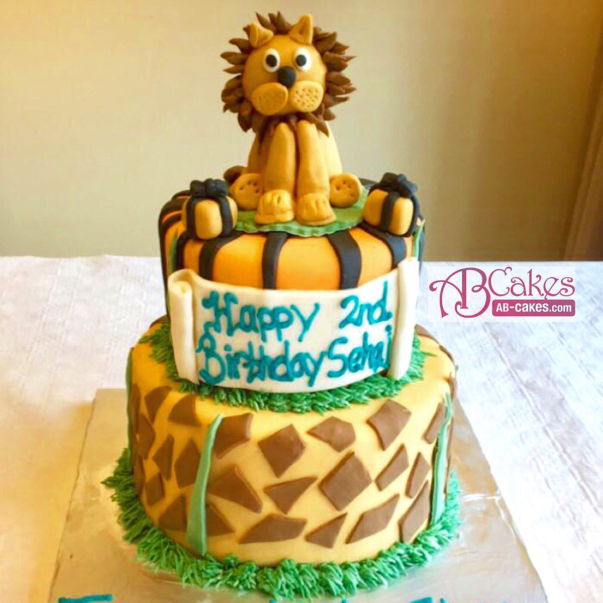 AB CAKES on Twitter A lion themed birthday cake for a little cub