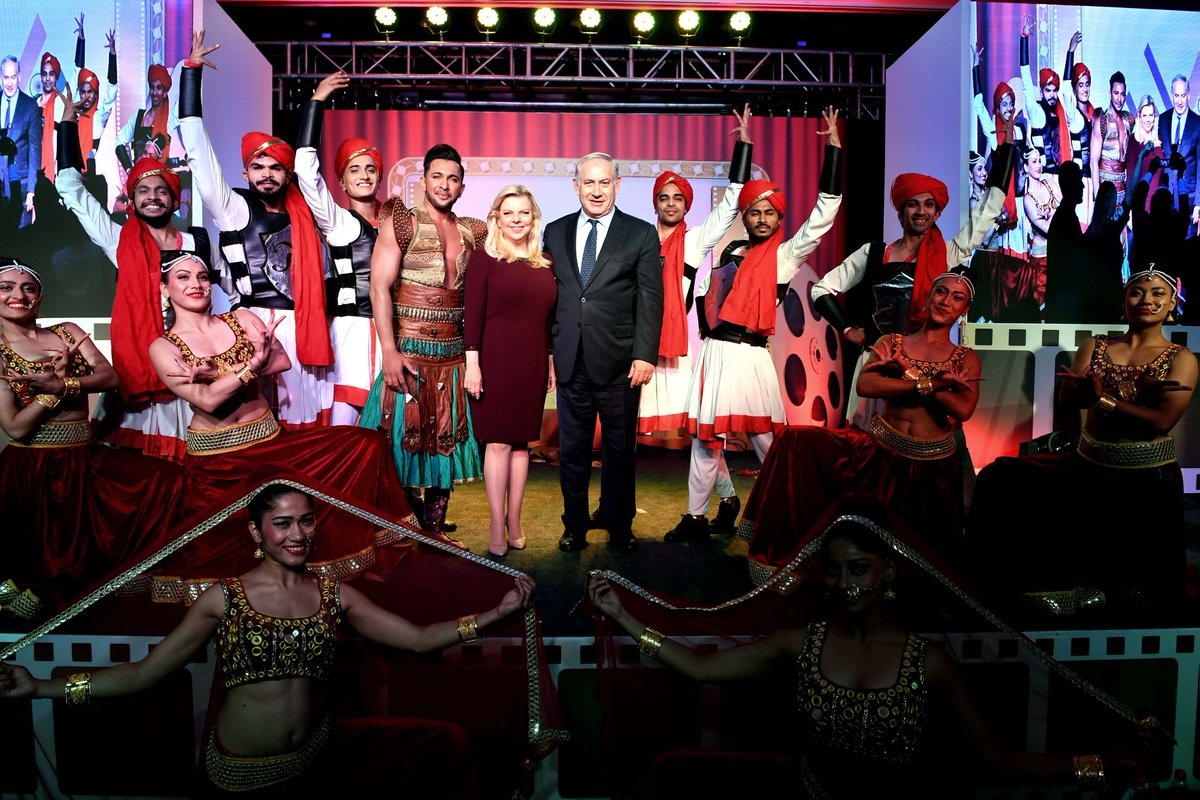 Prime Minister Benjamin Netanyahu and his wife Sara attended a Bollywood event with senior industry figures - producers, directors and stars.  PM Netanyahu: 'We believe in Bollywood. We believe in India. We believe in the Israel-India relationship'  https://t.co/WdFW4tR7OI