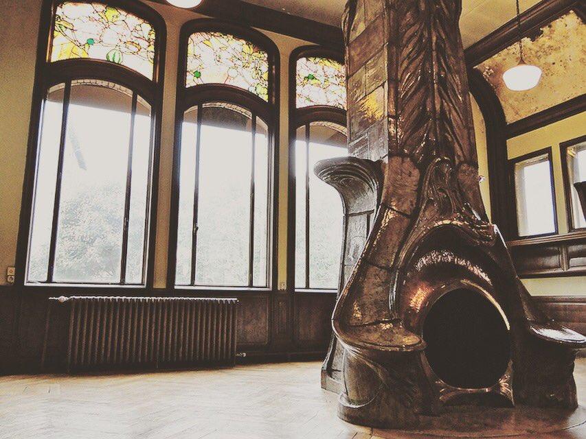 This is one of the craziest fireplaces we've ever seen! . Credit: Villa Majorelle, Nancy, France . #metal #steel #copper #welding #artnouveau #blacksmith #metalsmith #amazing #create #steampunk #industrial #design #makersgonnamake #sandiego #sanfrancisco #losangeles #OrangeCounty