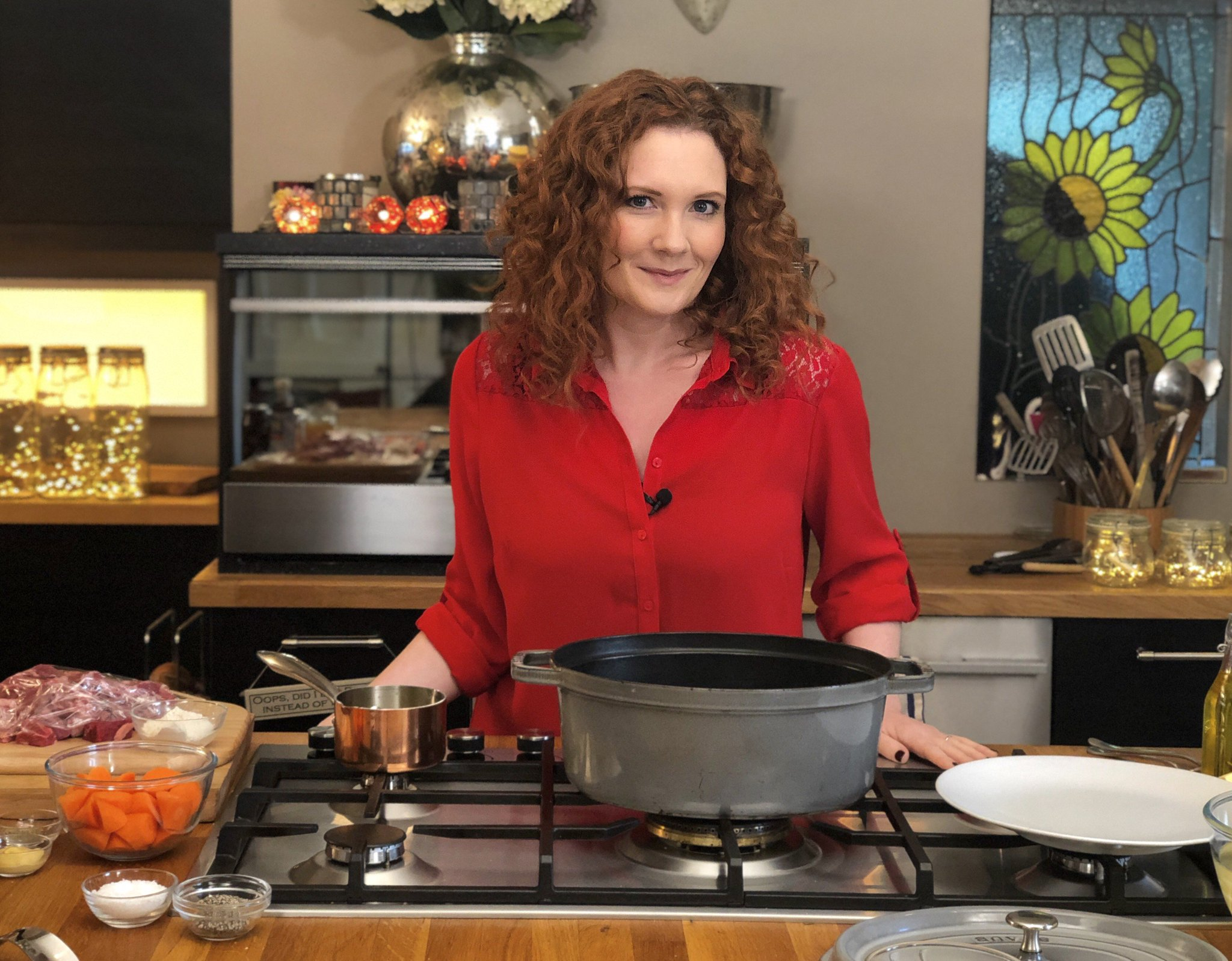 RT @ITVLorraine: Plus, @jenniemcalpine will be cooking us up a treat for the weekend! 🍽️ https://t.co/ktNBtq2xu9