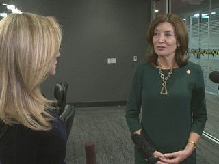 Lt. Gov. Kathy Hochul weighs in on rumors about her running against Rep. Chris Collins and Lovely Warren being Gov. Cuomo's next running mate. (via @EricaBrecher) https://t.co/iJCjSKykSe